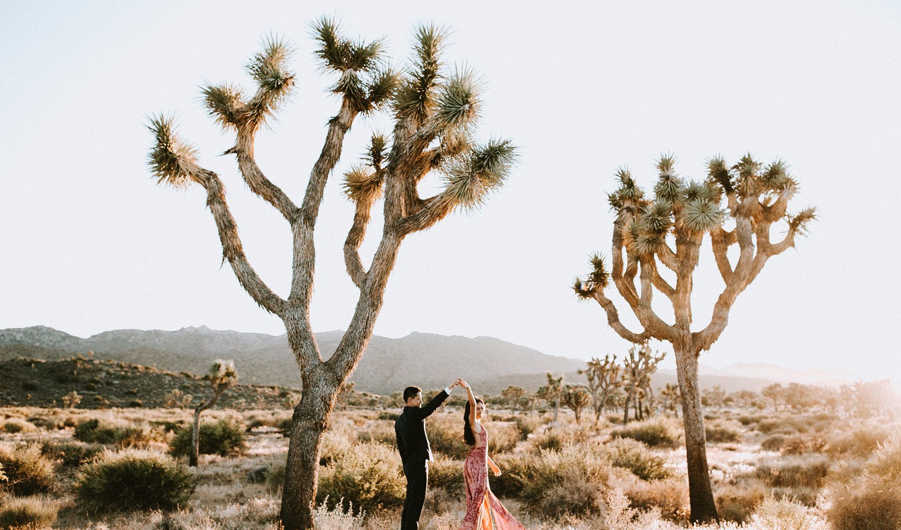 Joshua tree California adventure elopement wedding photographer
