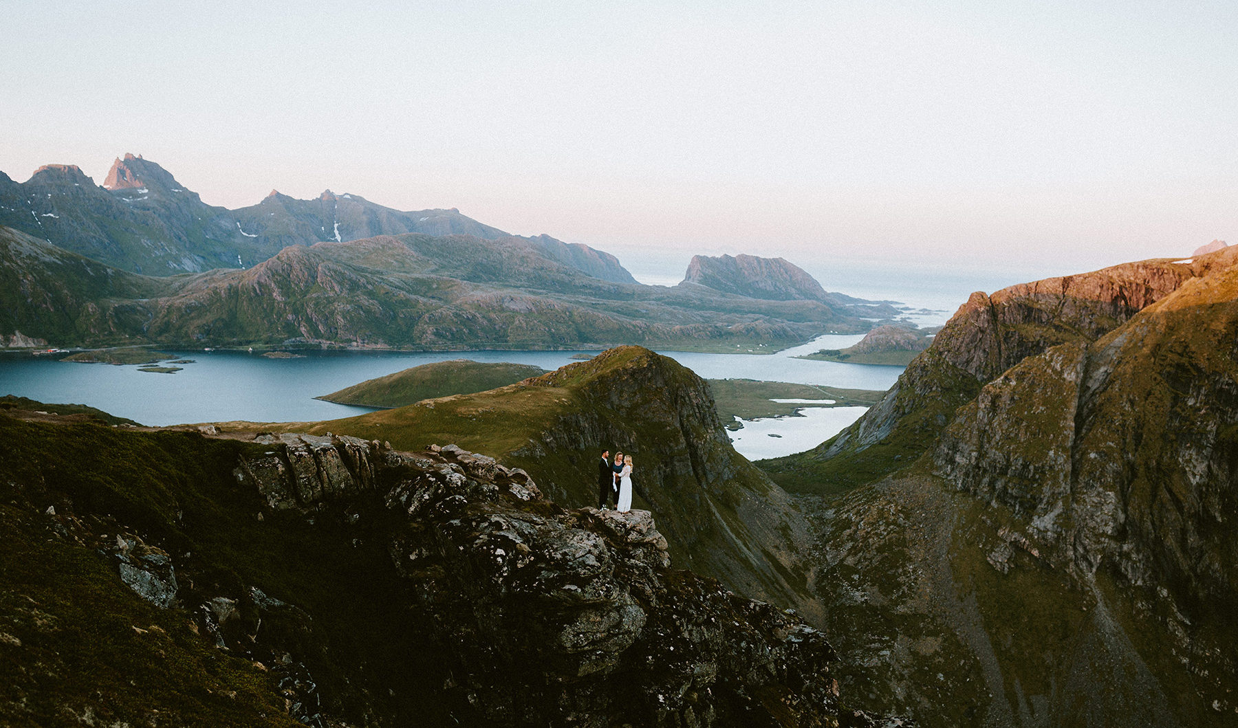 Lofoten-Norway-elopement-wedding-photographer-Ryten-Kvalvika-Beach-Midnight-Sun